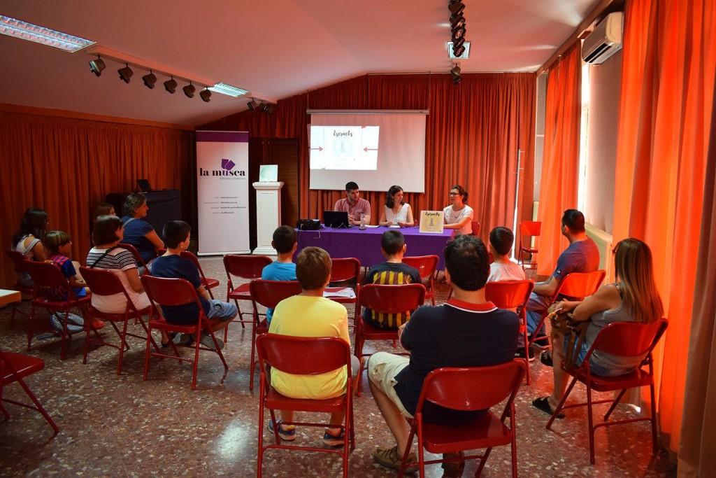 escracks presentació